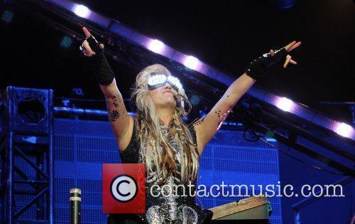 Ke$ha KIIS FM's 2011 Wango Tango Concert -...