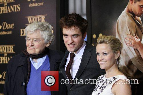 Hal Holbrook, Reese Witherspoon and Robert Pattinson 5