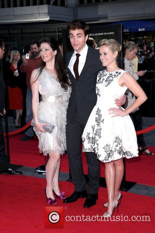 Robert Pattinson and Reese Witherspoon 1