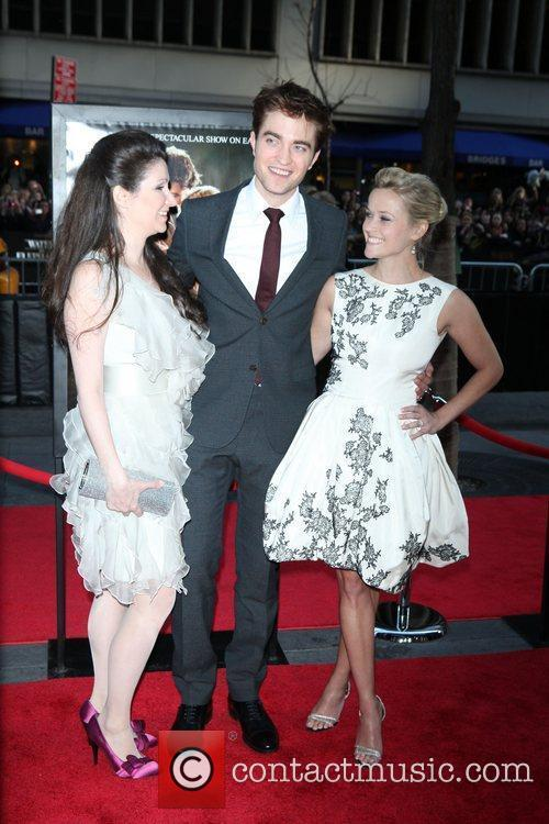 Robert Pattinson and Reese Witherspoon 5