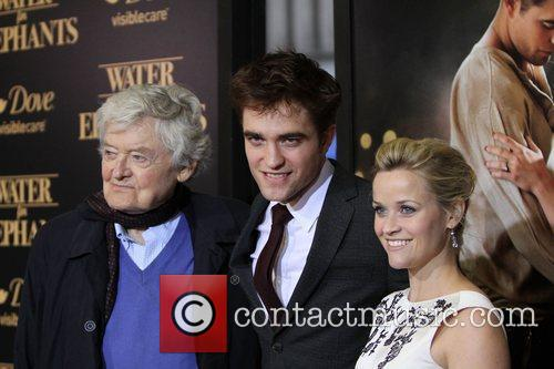 Hal Holbrook, Reese Witherspoon and Robert Pattinson 4