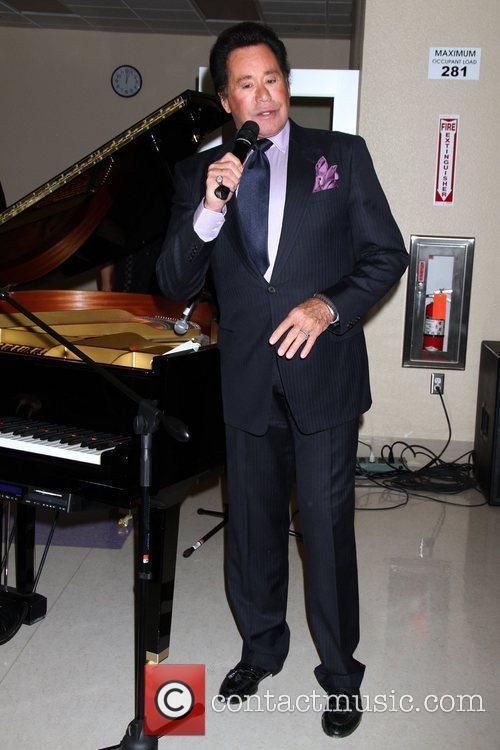 Wayne Newton 9