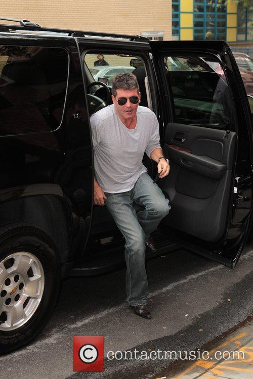 Simon Cowell and Fox Studios 10