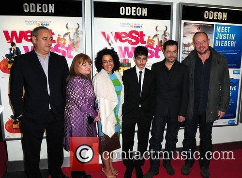 Ayub Khan-din, Emil Marwa, Linda Bassett and Zita Sattar