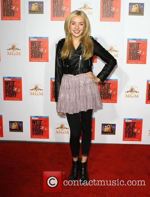 Peyton List, Amber Tamblyn and Grauman's Chinese Theatre 3