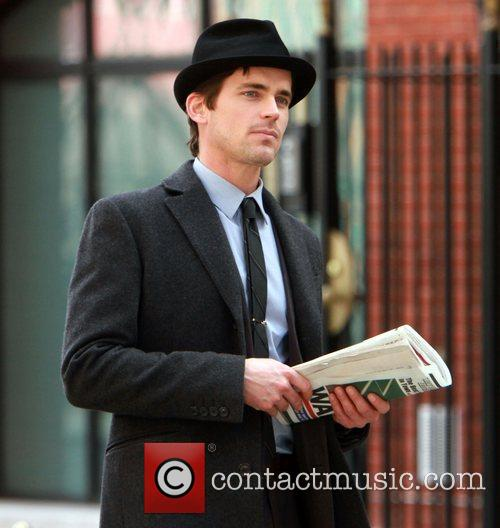 Matthew Bomer shooting on location for 'White Collar'...