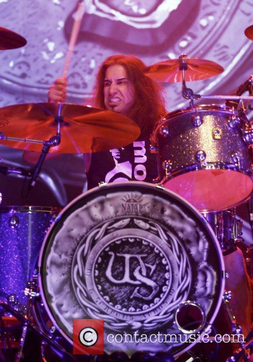 Brian Tichy  Whitesnake performing at Manchester O2...