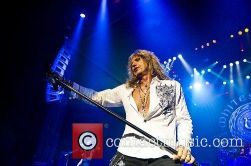 David Coverdale and Whitesnake 8