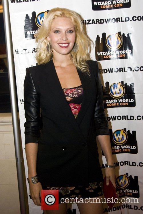 Alaina Huffman Wizard World Chicago Comic Con 2011...