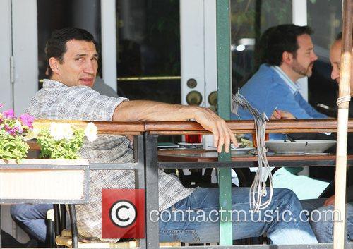 Hayden Panettiere's boyfriend, Wladimir Klitscko, enjoy's lunch with...