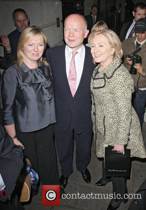 Hillary Clinton and William Hague 4
