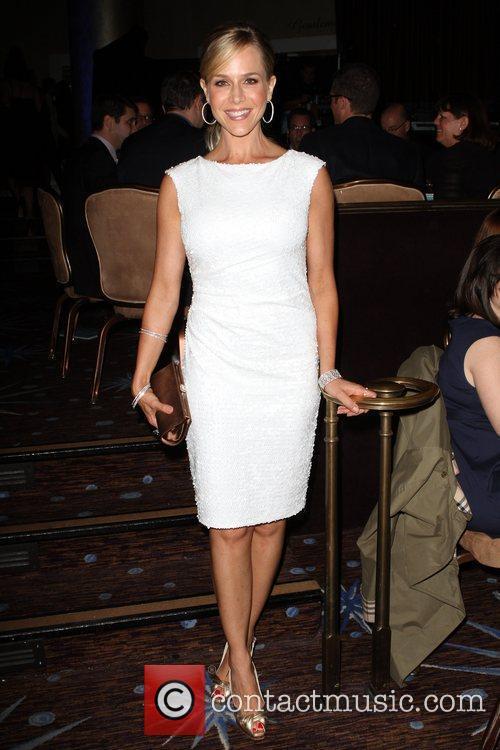 Julie Benz 8