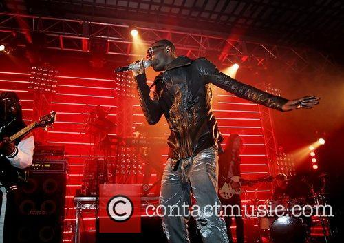 Jermaine Scott aka Wretch32 performing at Liverpool University...