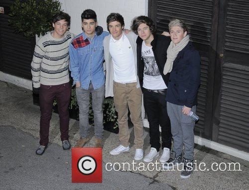 One Direction 'The X Factor' judges, finalists and...