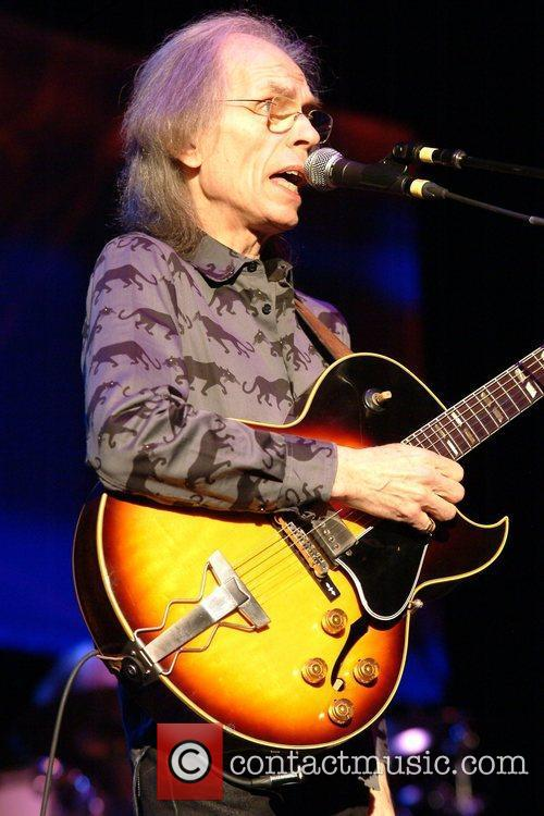 Steve Howe Yes perform live at the HMV...