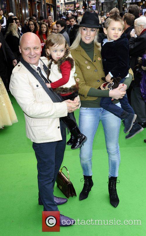 Aldo Zilli And Family 4