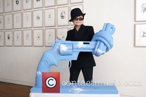 Yoko Ono   Ono interprets Lennon peace...