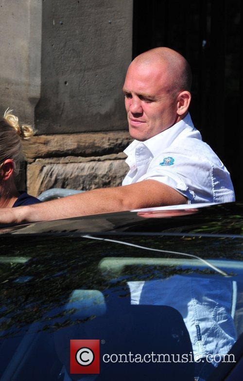 Zara Phillips and Mike Tindall arrive in Edinburgh...