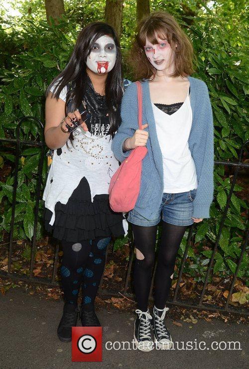 Fariha Anwar, Edie Davis Dublin Zombie Walk 2011...