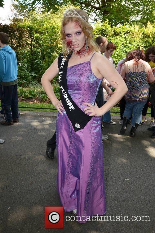 Samantha Long (Miss United Nations) Dublin Zombie Walk...