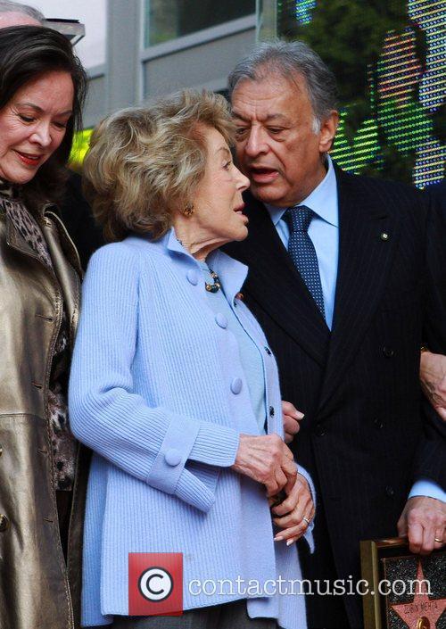 Anne Douglas and Maestro Zubin Mehta Maestro Zubin...