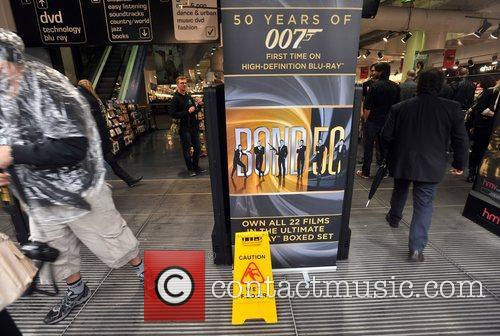 Atmosphere 007 Days of Bond - The seven...