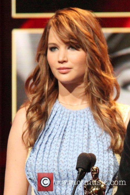 jennifer lawrence announces the nominees during the 5783942