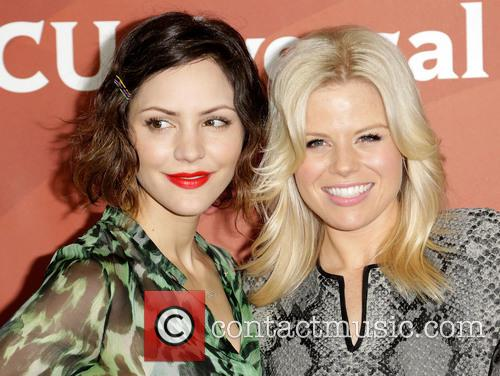 Katharine Mcphee and Megan Hilty 11