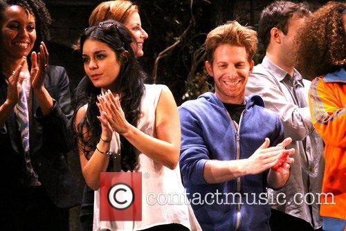 Vanessa Hudgens and Seth Green 1