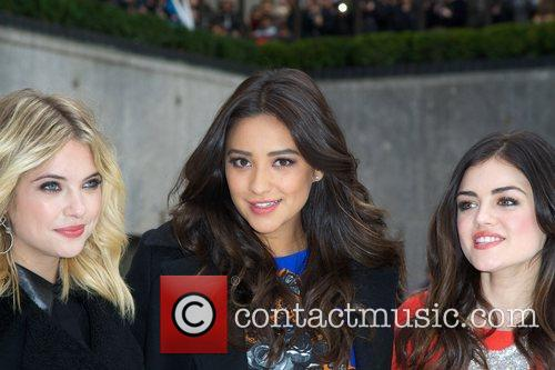 Ashley Benson, Shay Mitchell, Lucy Hale and Rockefeller Center 5