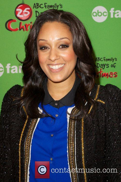 Tia Mowry and Rockefeller Center 4