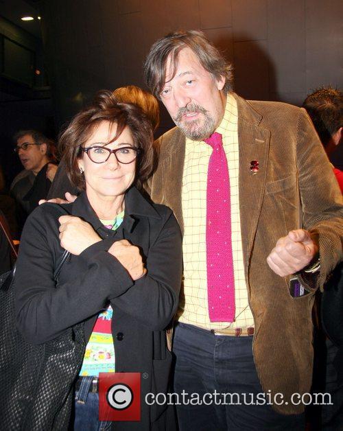 Stephen Fry, Zoe Wanamaker