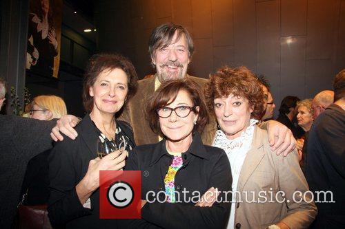 Stephen Fry and Zoe Wanamaker 1
