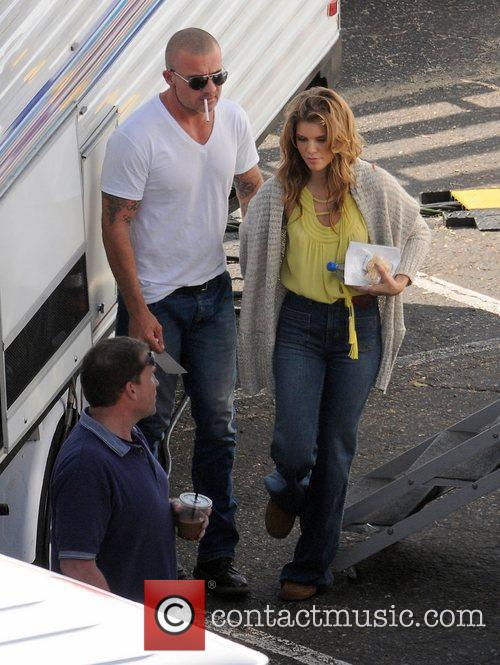 Annalynne Mccord and Dominic Purcell 3