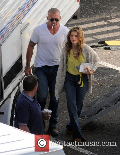 Annalynne Mccord and Dominic Purcell 4