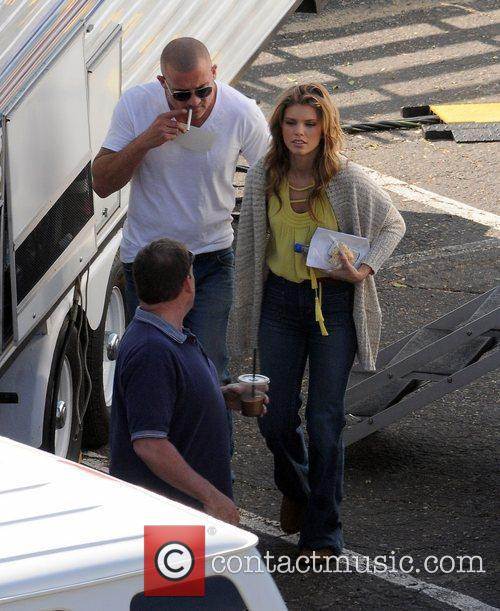 Annalynne Mccord and Dominic Purcell 6