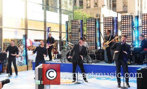 Drew Lachey, Nick Lachey and Rockefeller Plaza 1