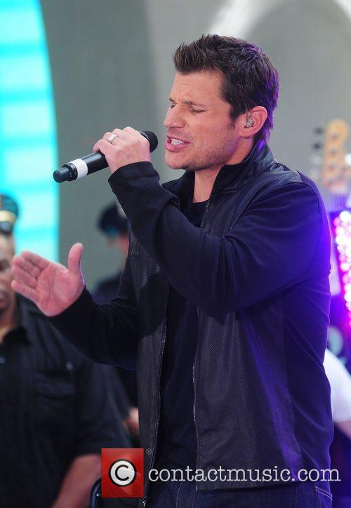 nick lachey 98 degrees re unite to 4037212