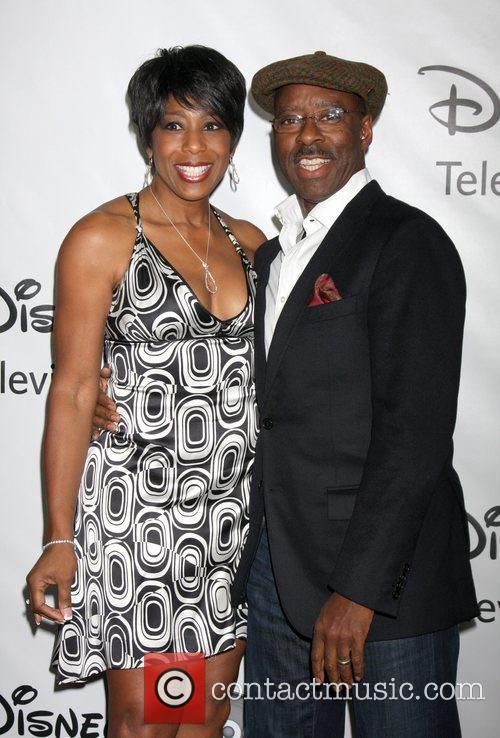Dawnn Lewis, Courtney B Vance