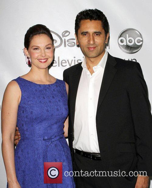 Ashley Judd and Cliff Curtis