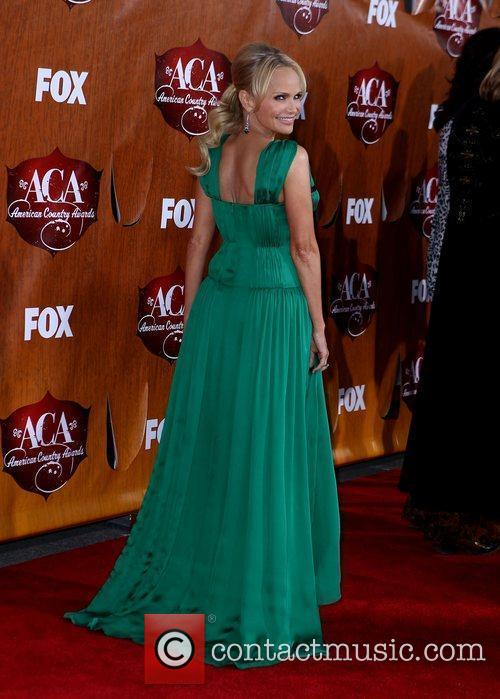 kristin chenoweth 2011 american country awards arrivals 3643890
