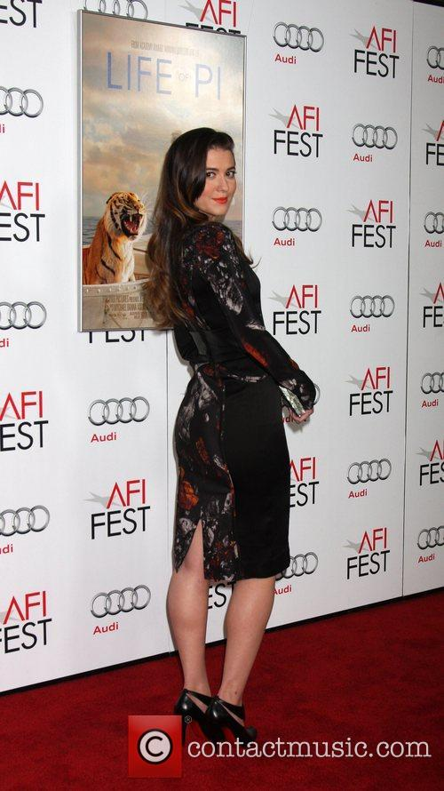 Mary Elizabeth Winstead and Grauman's Chinese Theatre 4
