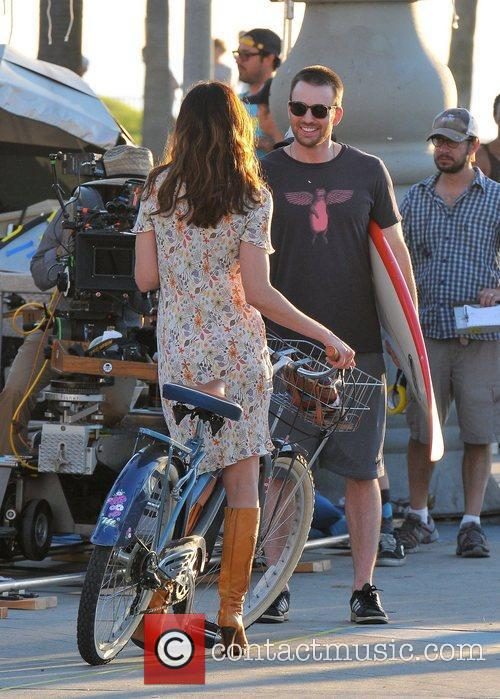 Michelle Monaghan and Chris Evans 11