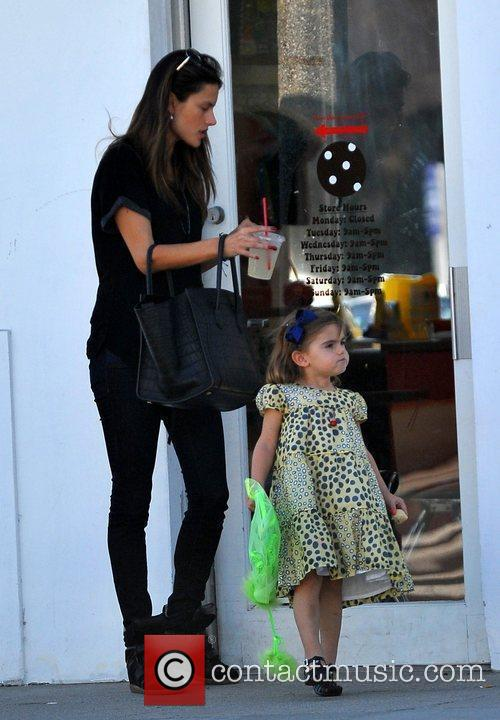 alessandra ambrosio and her daughter anja spend 3747247