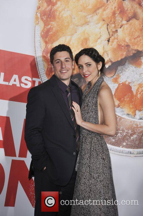Jason Biggs, Jenny Mollen and Grauman's Chinese Theatre 3