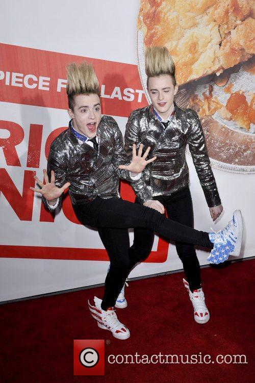 Jedward and Grauman's Chinese Theatre 6