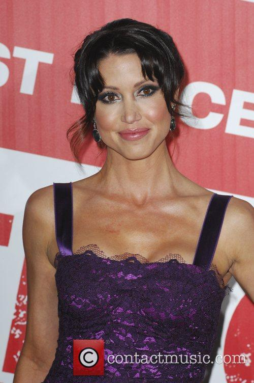 Shannon Elizabeth and Grauman's Chinese Theatre 1