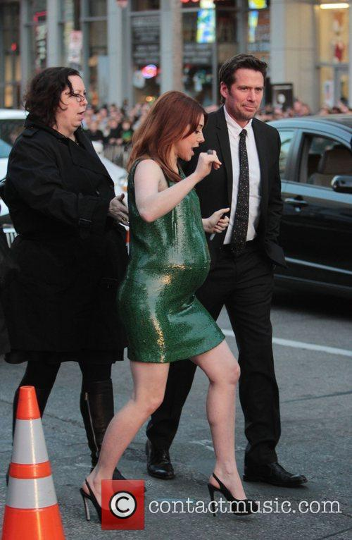 Alyson Hannigan, Alexis Denisof and Grauman's Chinese Theatre 3