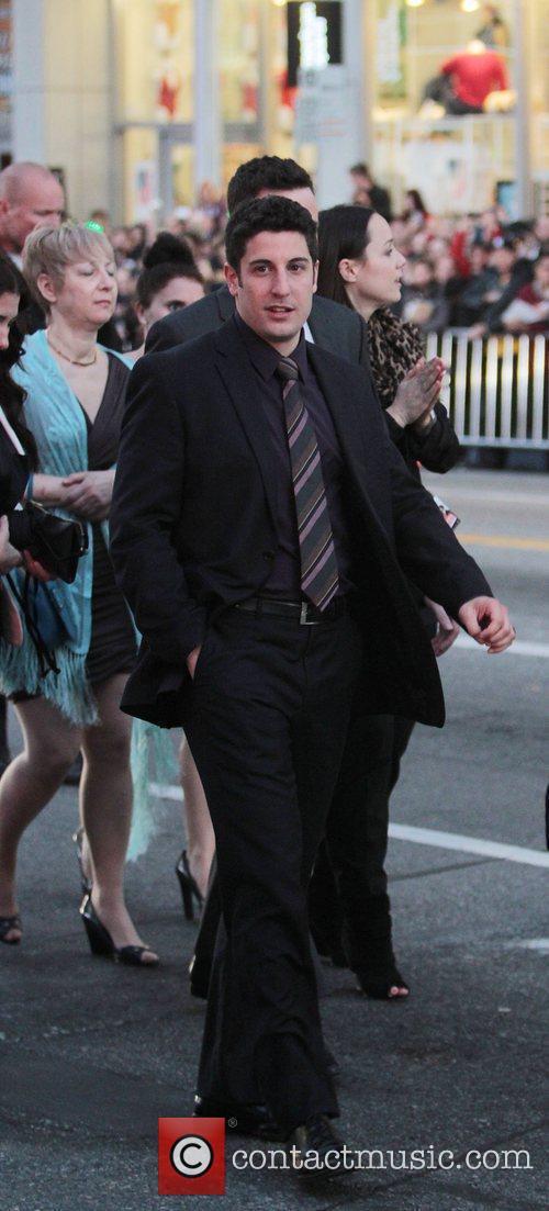 Jason Biggs and Grauman's Chinese Theatre 1