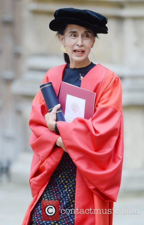 Aung San Suu Kyi  visits The Sheldonian...